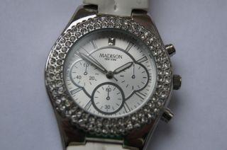 Madison Damen Uhr Weiss Mit Strassstein Bild