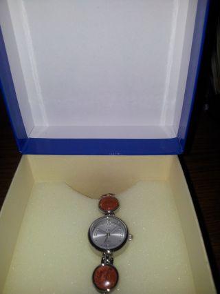Damenuhr Mit Terracotta - Schmuckstein - Armband Bild
