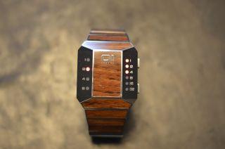 The One Armbanduhr Wood/metal.  Limited Bild