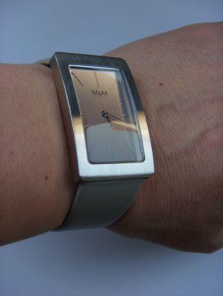 M&m Germany Uhr Damenuhr M11895 - 827 Sunny Square Edelstahl Lederband Graphit Bild