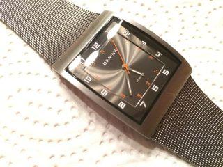Bering Classic 11233 - 077 Armbanduhr Für Herren Bild