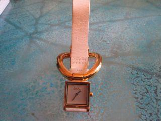 Weiss - Goldene Dolce &gabbana Damen Uhr - Edel - Bild