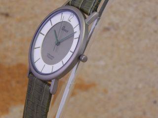 Gardetitanium /damen Armbanduhr `8 Bild