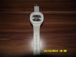 Lacoste Silikon Weiß Armbanduhr. Bild