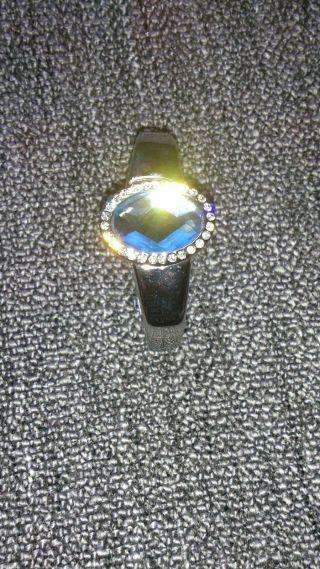 Schöne Uhr Von Rivage Bild