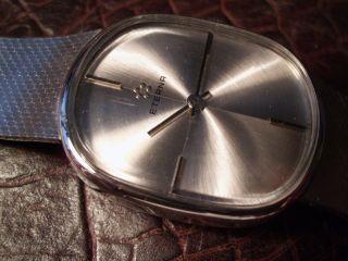 Eterna Uhr Vintage Handaufzug Kaliber 12660 Milanaise Band Bild