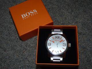 Hugo Boss,  Große Metallarmband - Uhr,  Silbern,  Geschenkbox,  Zertifikat,  Edel, Bild