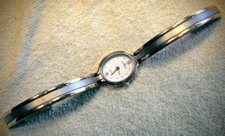 Dugena Quarz Damenuhr Armband Uhr Cal 3n20 Nr.  935438 42 Neue Batterie Bild