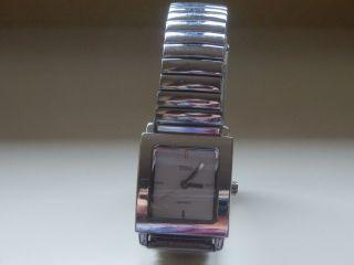 Damenuhr - Gliederband Silberfarben,  Tcm,  Quartz,  Mit Battery - Gepflegt Bild