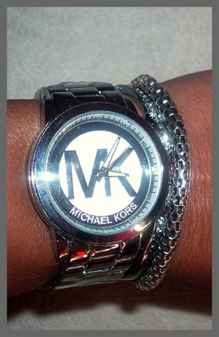 SÜsse Damen Armbanduhr In Silber Mk Bild