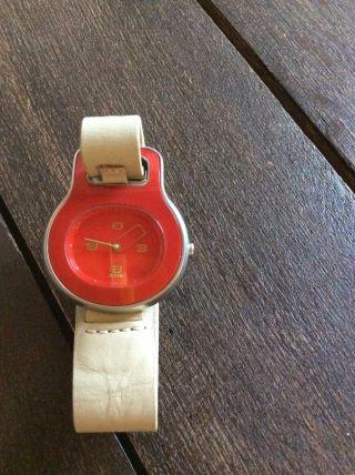 Alessi Armbanduhr Bild