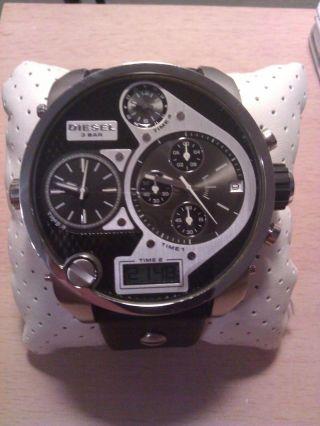 Diesel Armbanduhr Modell: Mr Daddy Dz7125 Bild