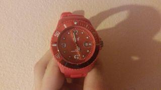 Rote Ice Watch Armbanduhr Größe L Bild