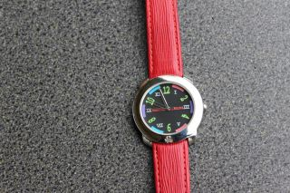 Benetton Uhr Damen Leder Armbanduhr Rot Multicolor Lederarmband Bild