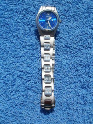 Neue Armbanduhr,  Blau/silber,  Quartz Bild