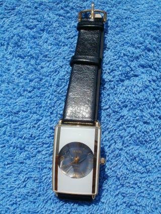 Neue Armbanduhr,  Weiß/ Gold Mit Schwarzem Armband,  Quartz Bild