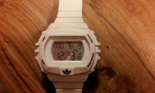 Adidas Armbanduhr Weiß Bild