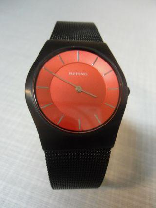 Bering 11930 - 229 - Sehr Elegante,  Sportlich,  Flache Damenarmbanduhr / Classic Bild