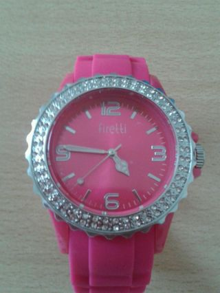 Firetti Damen Armbanduhr In Fuchsia Mit Glaskristallen Bild