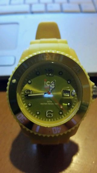 Ice Watch Armbanduhr Für Unisex Nur Ein Tag Alt Bild
