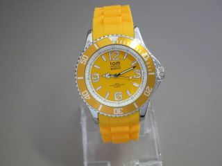 Tom Watch,  Neon Orange,  44 Mm,  Wa00126 Bild