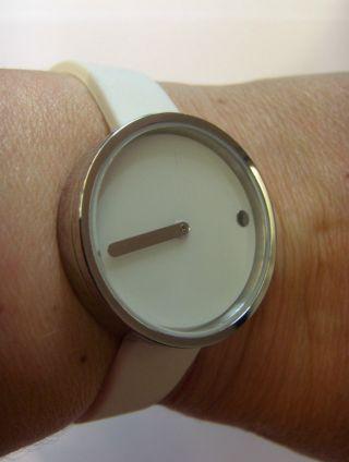 Rosendahl 43363 Picto Watch White Uhr Damenuhr Durchmesser 30 Mm Danish Design Bild