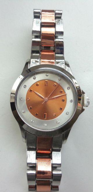 Damen Uhr,  Roségold - Silber,  Ziffernblatt Roségold Mit Strasssteinchen Bild