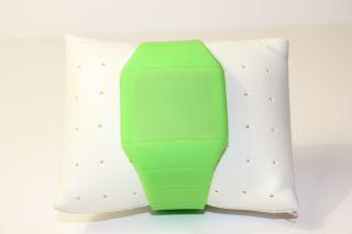 Grün Digital Led Uhr Mit Silikonarmband Grün Bild