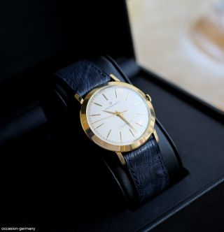 Eterna Matic Centenaire,  Vintage,  18 Karat Gold,  Herren Automatic Uhr,  Lederband Bild