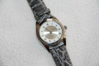 Damen Uhr Armbanduhr Quartz Rund Lederband Kroko - Look Grau - Weiß Bild
