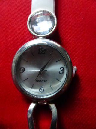 Damenuhr,  Neue Armbanduhr,  Werbegeschenk,  Armband Cremeweiß,  23 Cm Lang, Bild