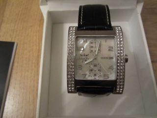 Guess Damen Armbanduhr G10013l Wie Bild