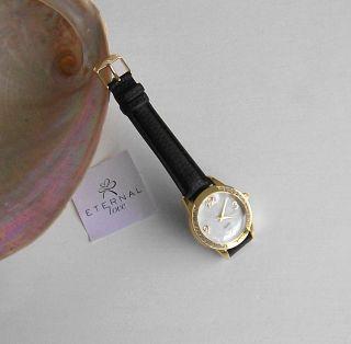 Wunderschöne Armbanduhr Damenuhr Goldfarben Mit Strass,  Lk Bild