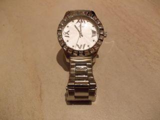 Klassische Elegante Damen Armbanduhr Von Jacques Lemans Bild