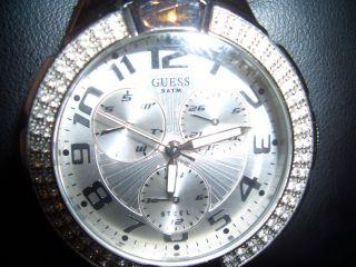 Guess Uhr Mit Swarowski Steinen Bild