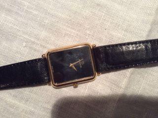 Milus Armbanduhr Bild