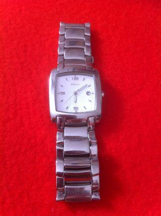 Dkny Uhr In Wunderbarer Silberoptik Mit Benutzerhandbuch Bild