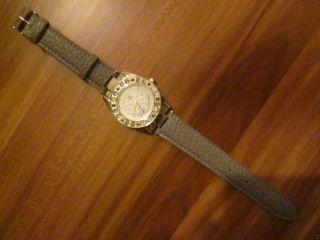 Lk Armbanduhr Farbe Silber Mit Strass Besetzt Bild