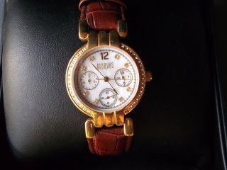 Damenuhr Armbanduhr Vergoldet Und Mit Datum Manufaktur Croques 7938 Bild