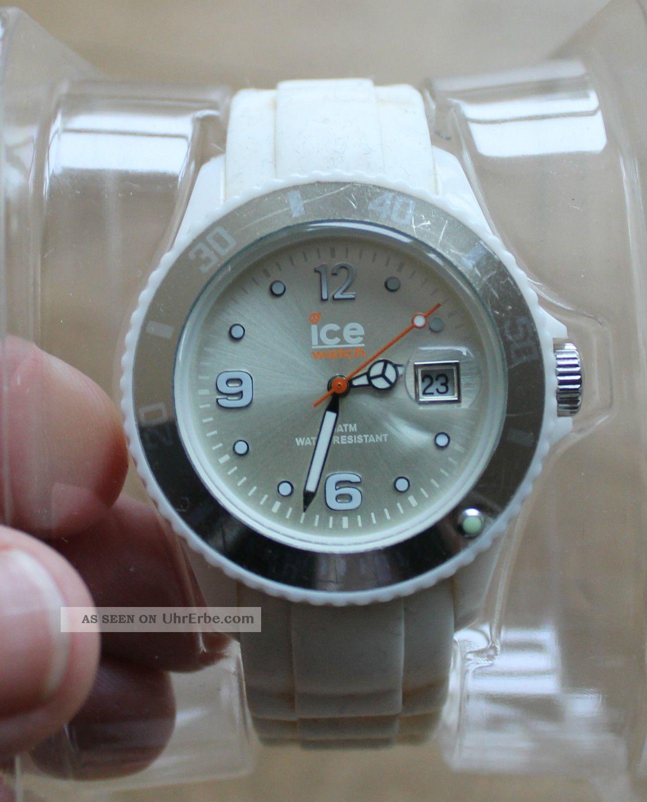 ice watch uhr f r damen herren wei mit silikonarmband. Black Bedroom Furniture Sets. Home Design Ideas
