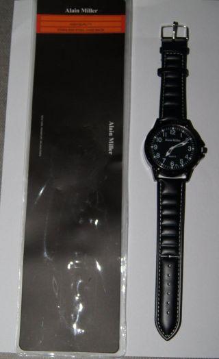 Schicke Alain Miller Armbanduhr Herrenuhr Quarzuhr Uhr Analog Uhr Schwarz Weiß Bild