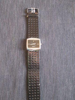 Damen Uhr Von Dkny Bild