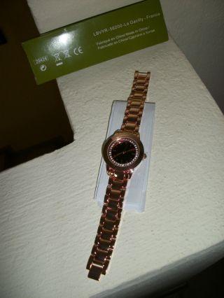 Elegante Damen Armbanduhr Mit Metallband - Bild