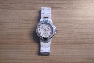 Damen - Armbanduhr - Von Guess - - Weiß - Edelstahl - Quarz - Analog Bild