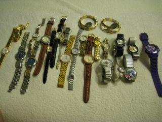 Konvolut Damen Armbanduhren 23 Stck Vers.  Marken Top Bild