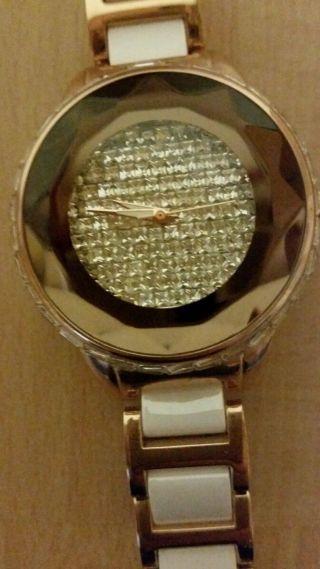 Damen Uhr Von Geneva Bild