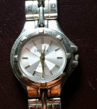 Damen Armbanduhr Marke Geneva Silber,  Ca.  23mm Durchmesser Bild