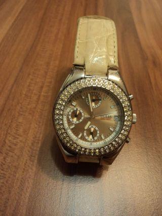 Tolle Guess Damen Uhr Beige Mit Swarowski Steinen Bild