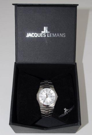 Schicke Jacques Lemans Uhr Bild