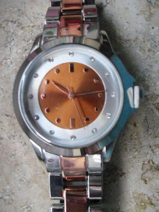 Klassische Damen - Armbanduhr